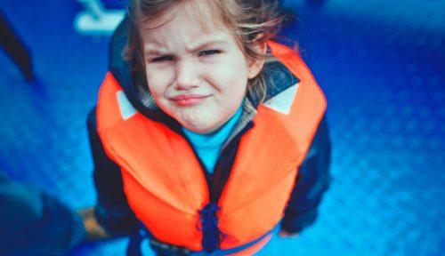 Làm gì khi bé cảm thấy sợ nước?